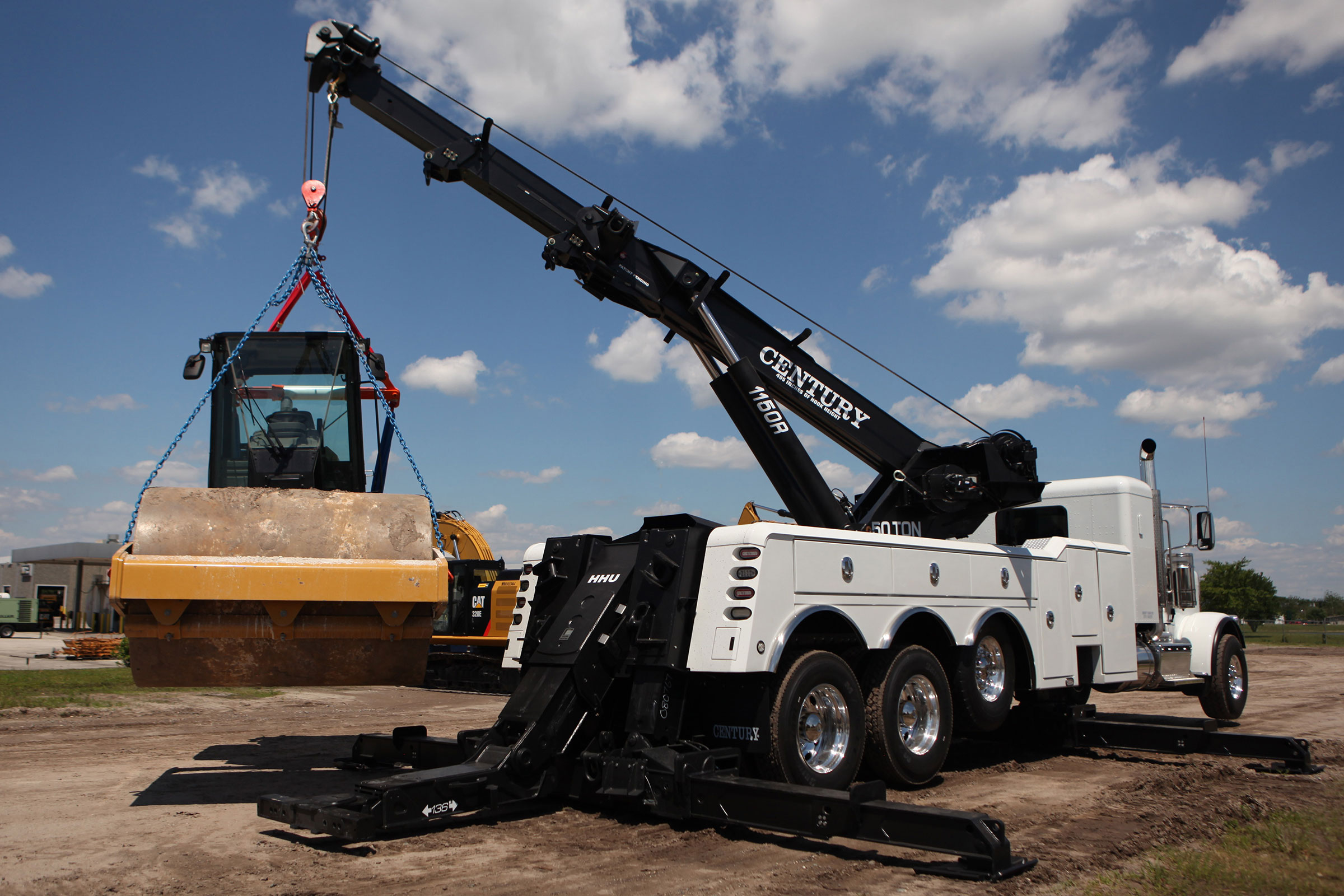 The Century 1150 is the industry leading heavy duty rotator wrecker