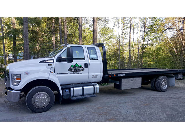 Cross Town Towing - Berlin, VT Century 12 Series LCG on Ford F-650