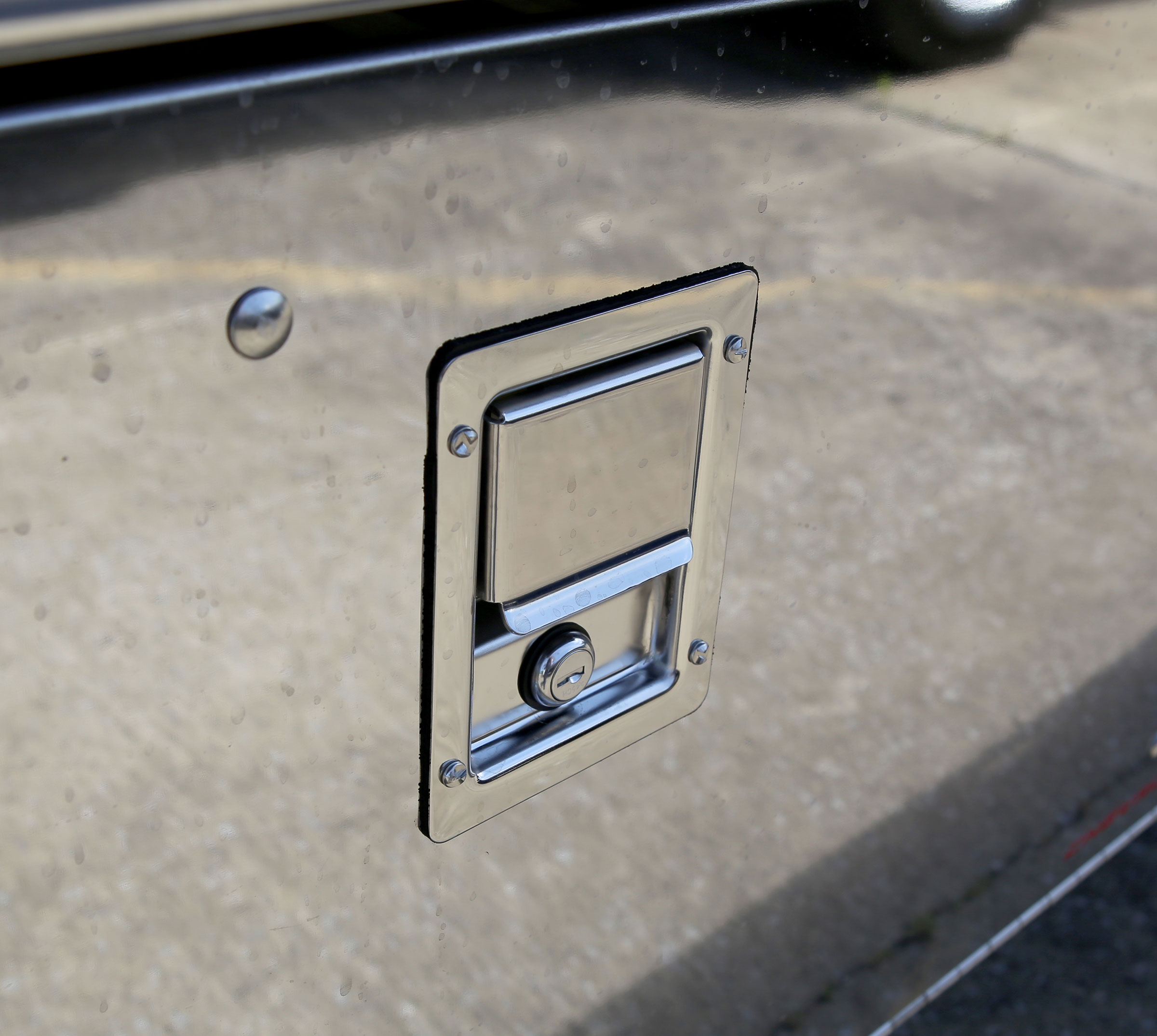 Car Carriers LCG Century Century 12-Series LCG toolbox latch
