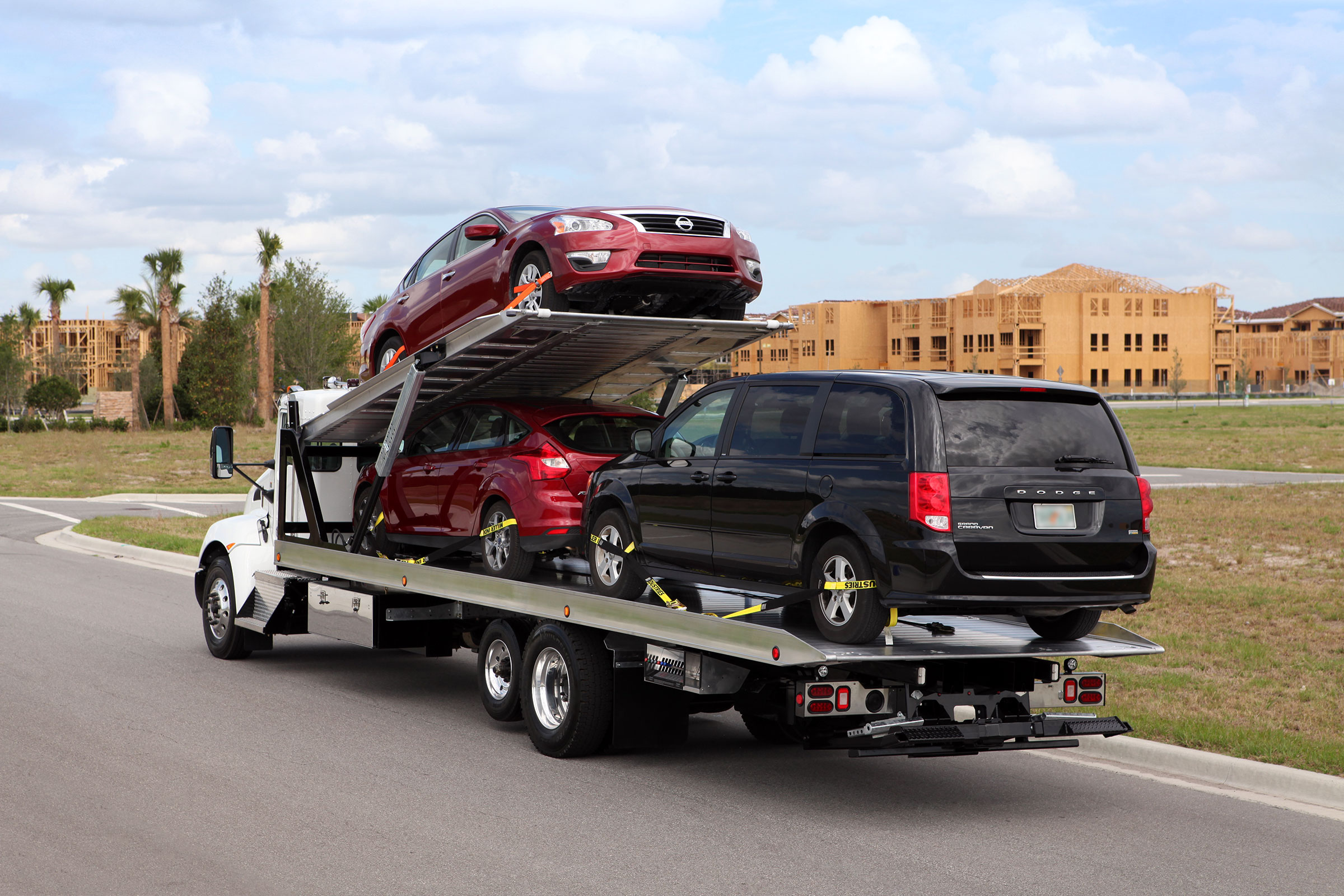 Car Carriers 3 & 4 Car Vulcan Vulcan 16 Series Multi-Deck LCG™ Car Carrier