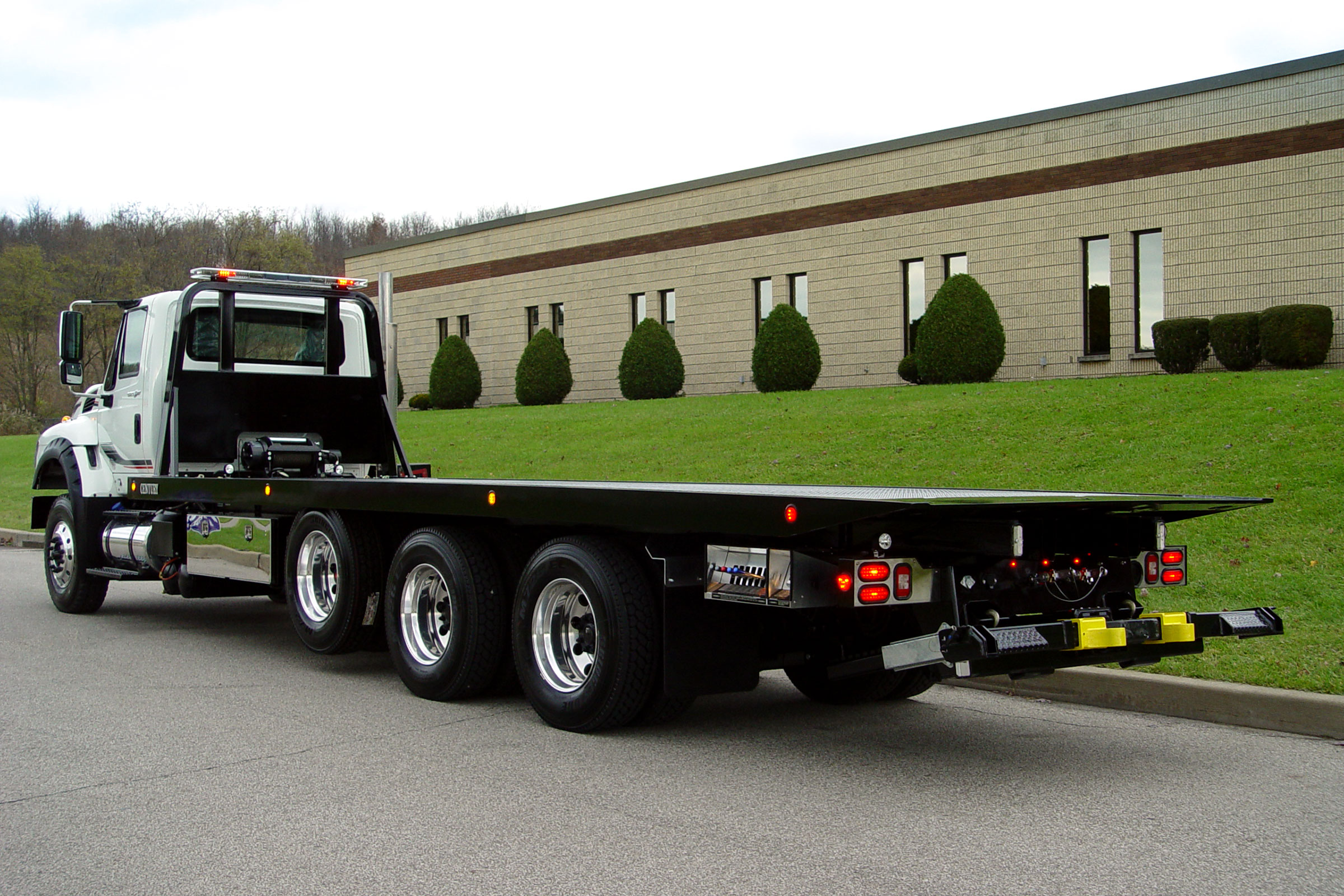 Car Carriers LCG Industrial Vulcan Vulcan 30 & 40 Series LCG™ Car Carrier