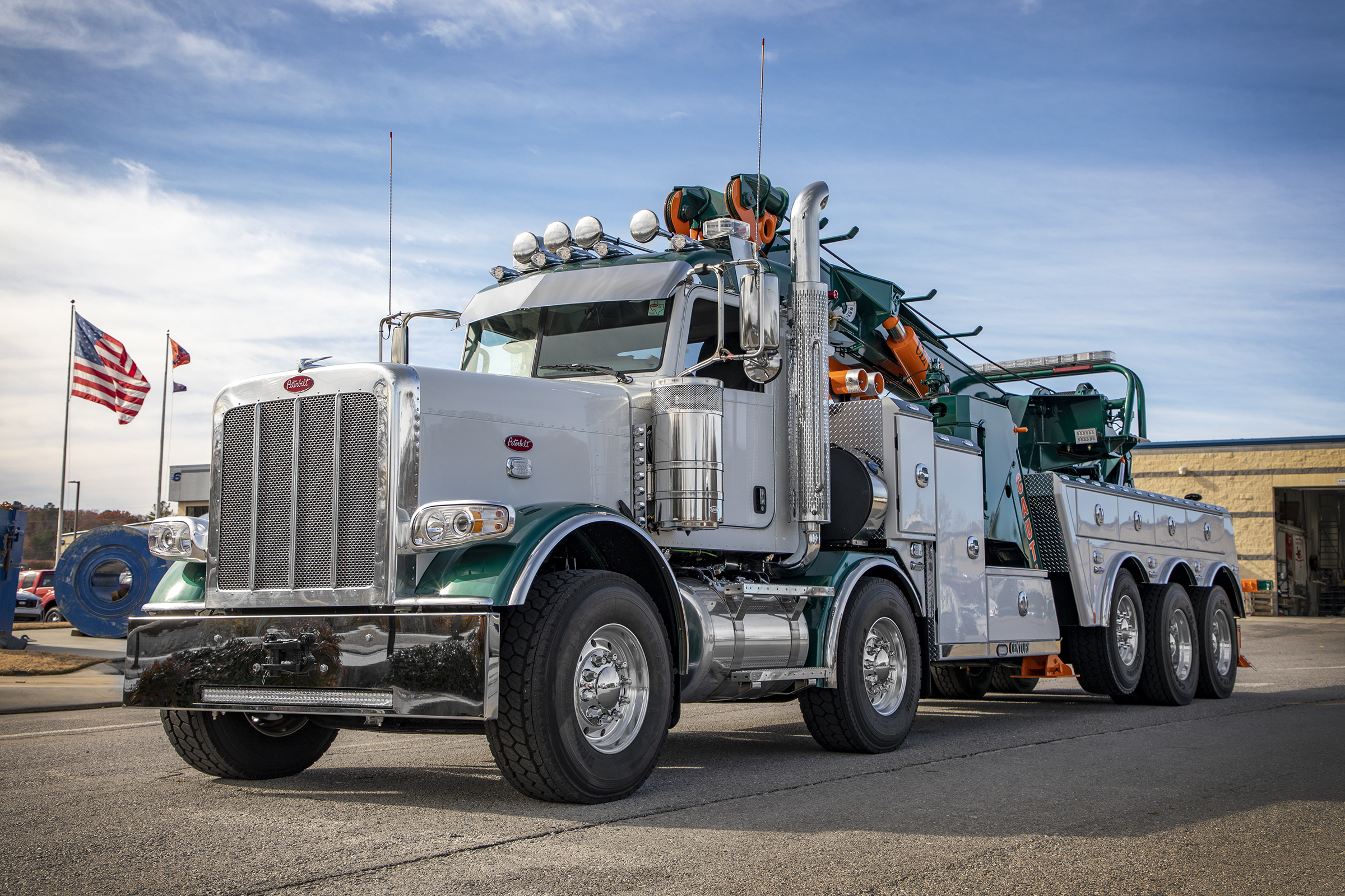 Century® 1150 Rotator  can be installed on multiple truck chassis like this one on a Peterbilt truck