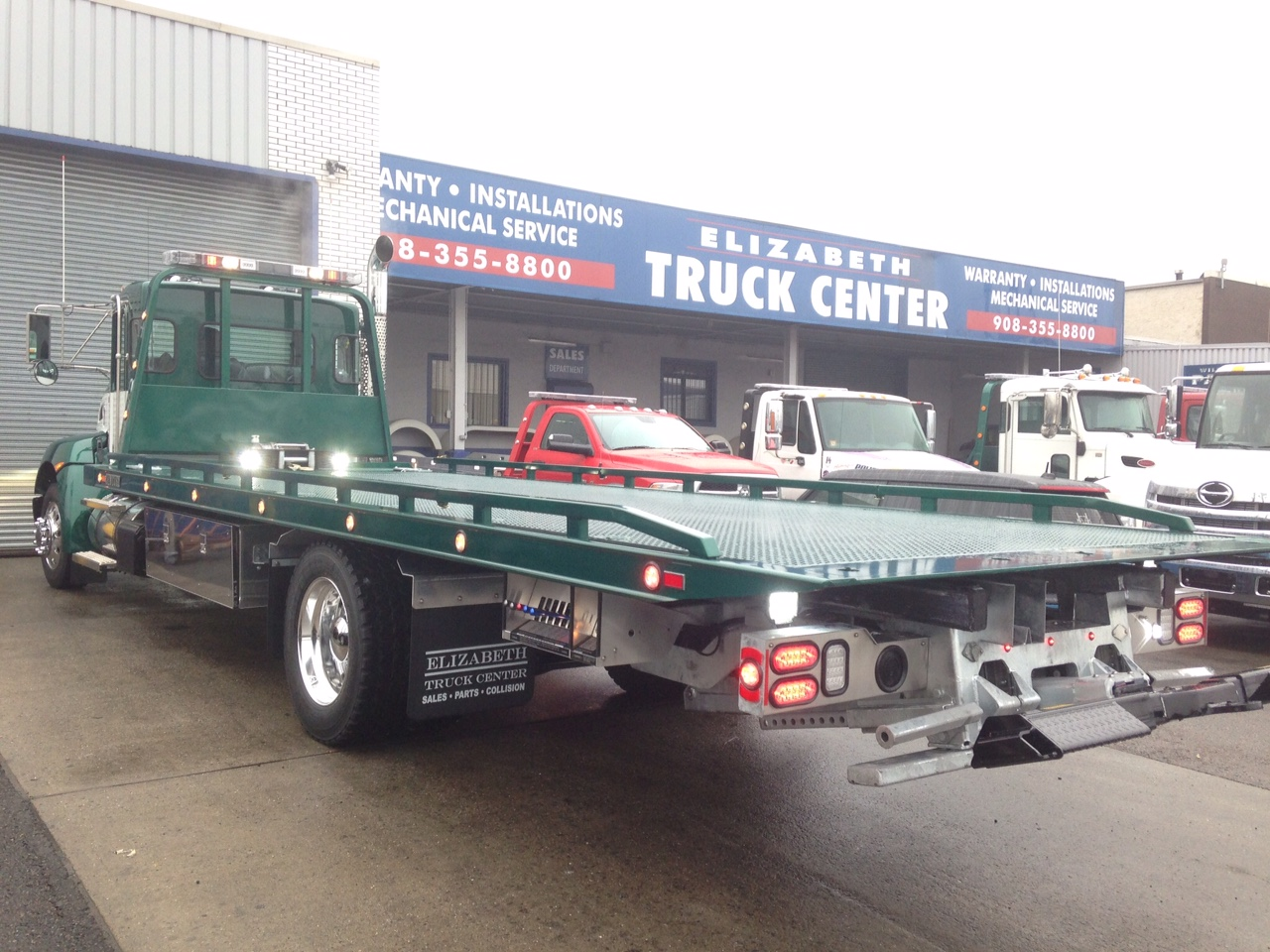 WM M  Chambers & Son Towing & Hauling/Century 24' 16-Series LCG