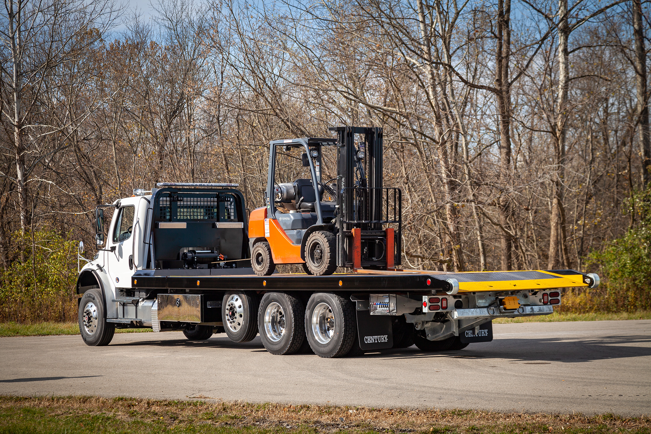 titan zla on white Freightliner m2 chassis with forklift
