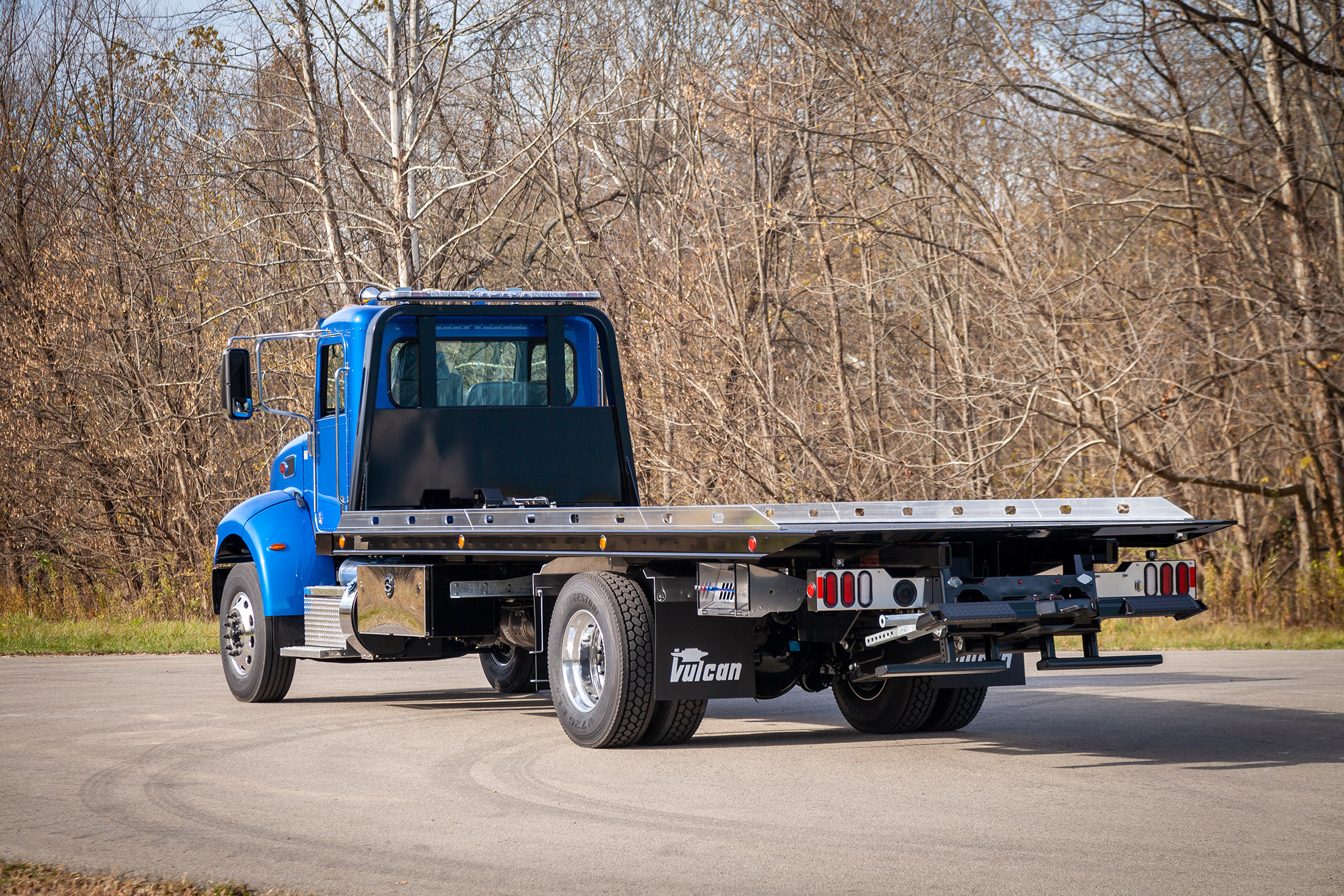 blue Vulcan 16 series lag on a Peterbilt 337 chassis rear shot