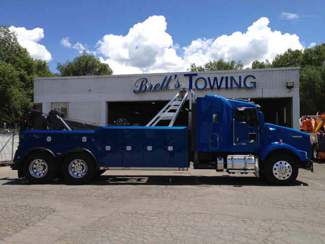 Brett's Towing