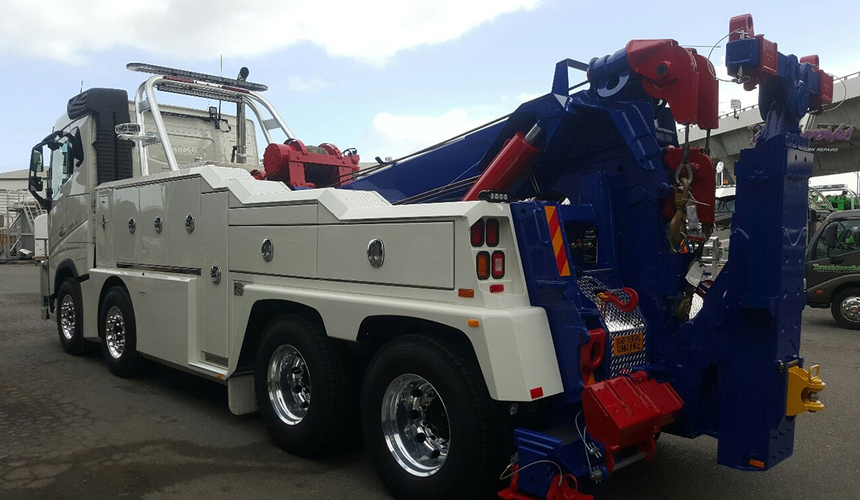 Clayton's Towing Service / Sunshine Coast, Queensland, Australia