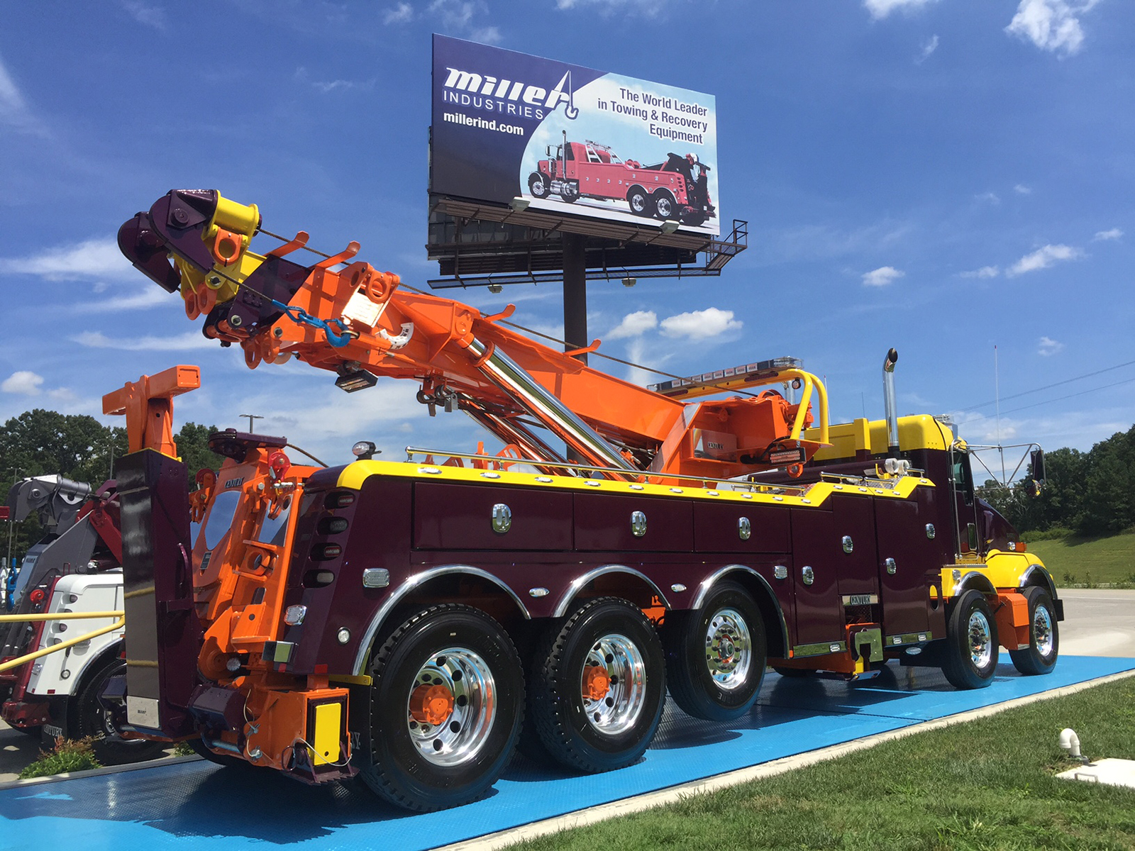 D & L Auto Body & Towing LLC, Berlin CT