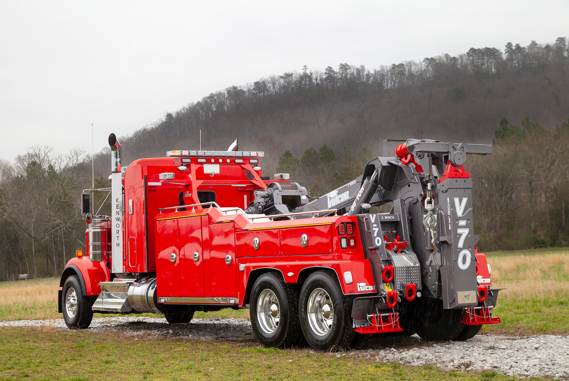 Red Vulcan V70 on a Kenworth W900 chassis rear