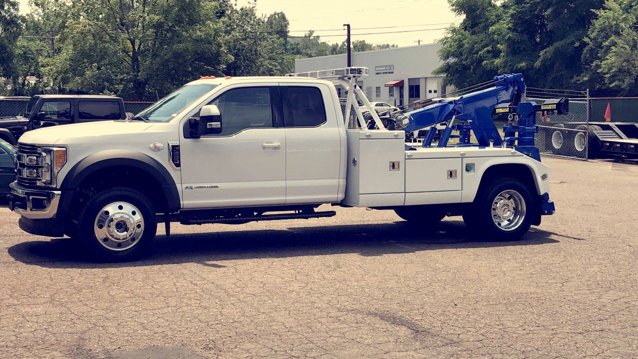 Laurel City Towing & Recovery LLC, Chevron 408TA / Ford F550