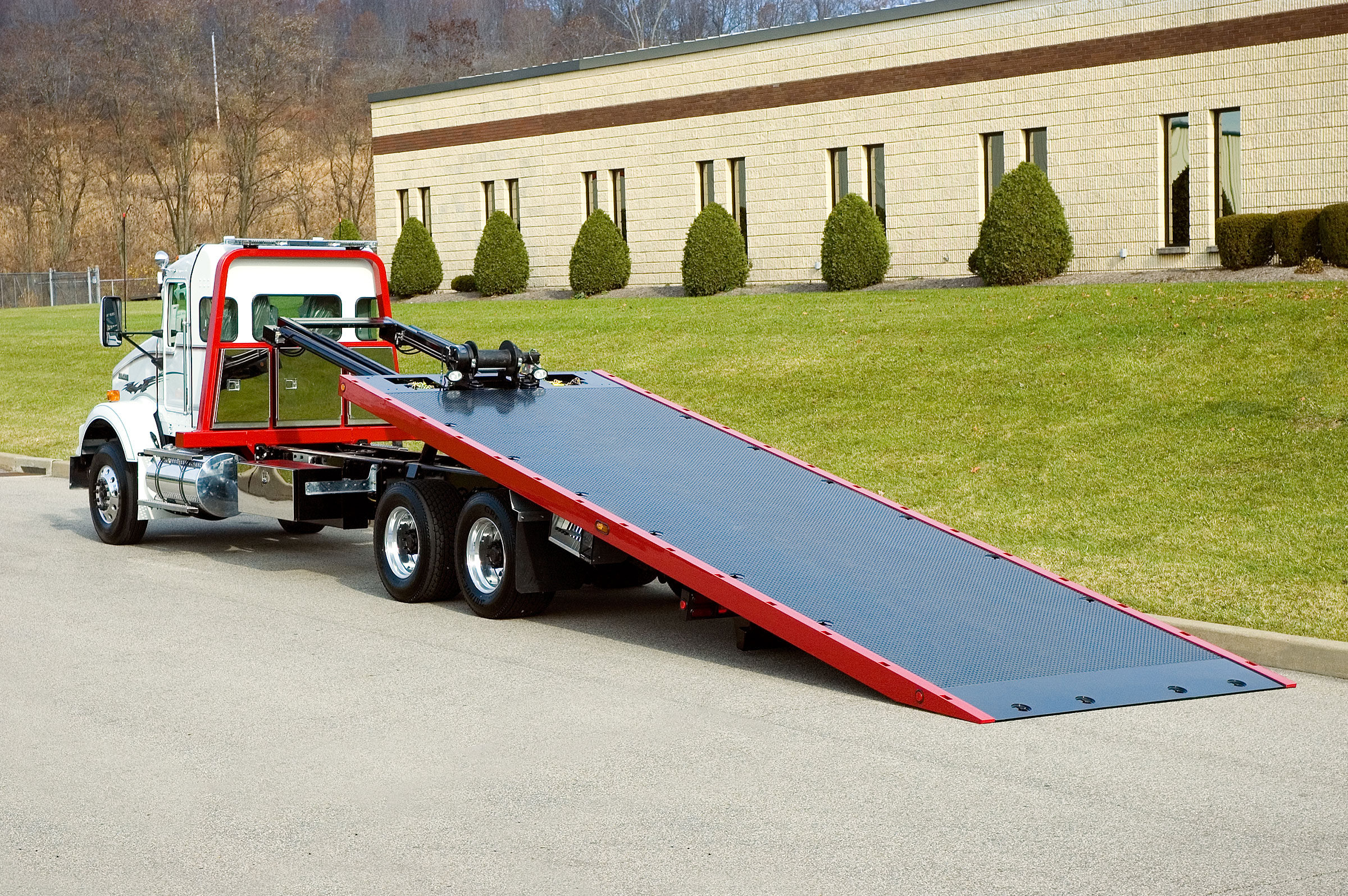 Car Carriers Conventional Industrial Chevron 20 & 30 Series Ramp
