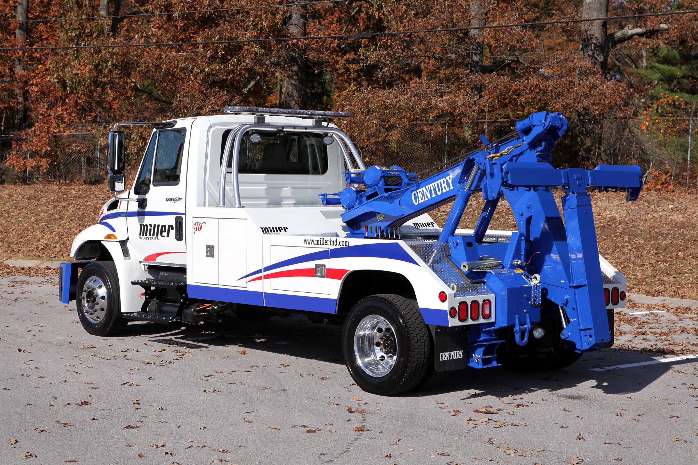 Century 2465 Small Wrecker
