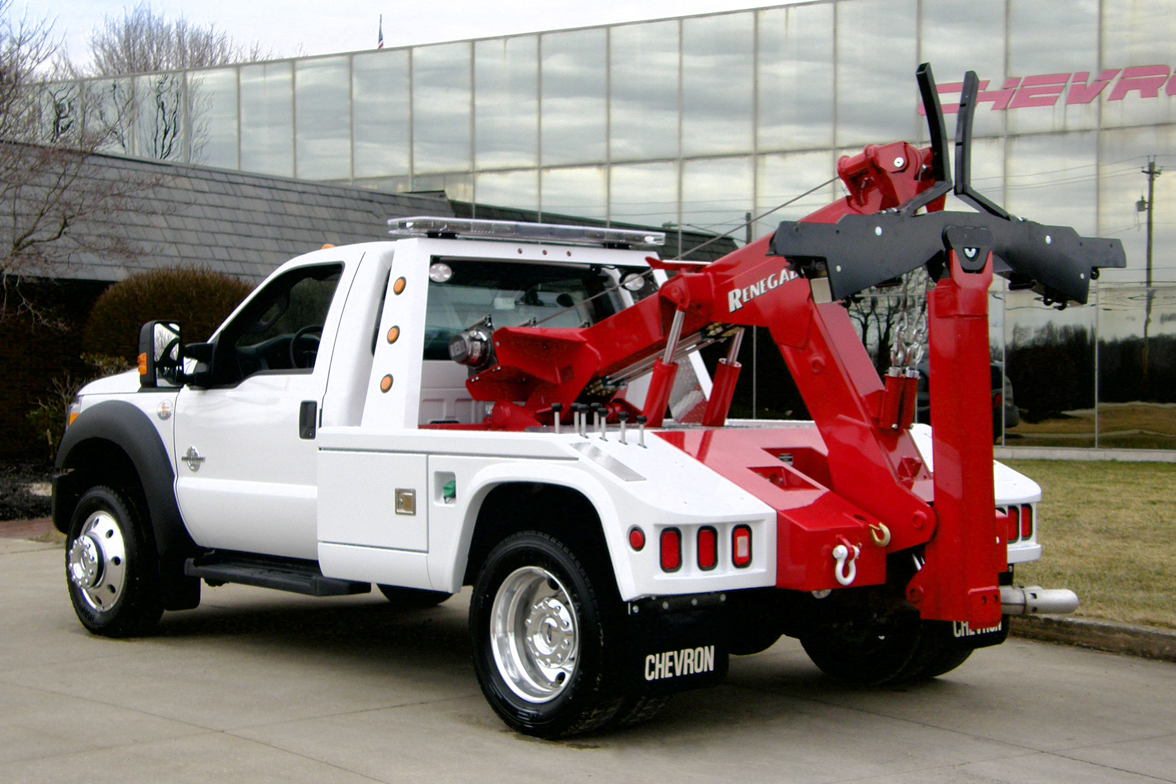 408TA Small Wrecker