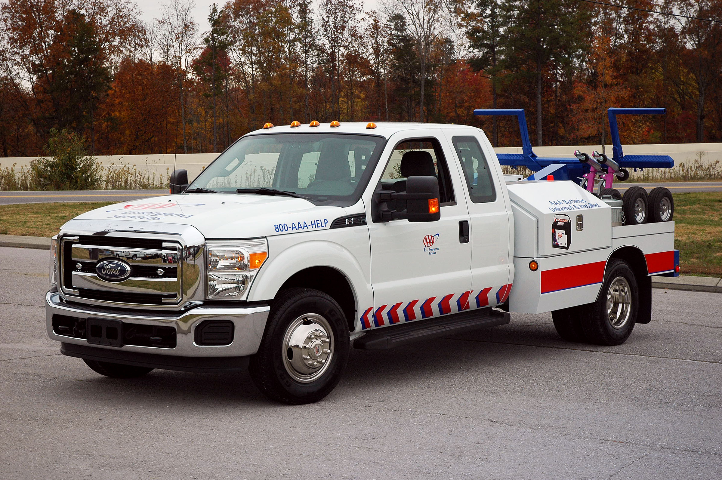 holmes-220-tow-service-vehicle-2