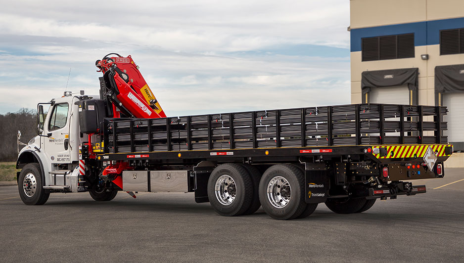 Car Carriers LCG Industrial Special Transport Titan Crane-Boom Stake Bed Unit Titan Titan® Crane-Boom Stake Bed Unit™